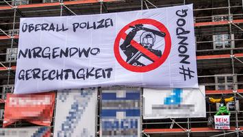 Demo 021 cc by sa nc 40 chrisholze